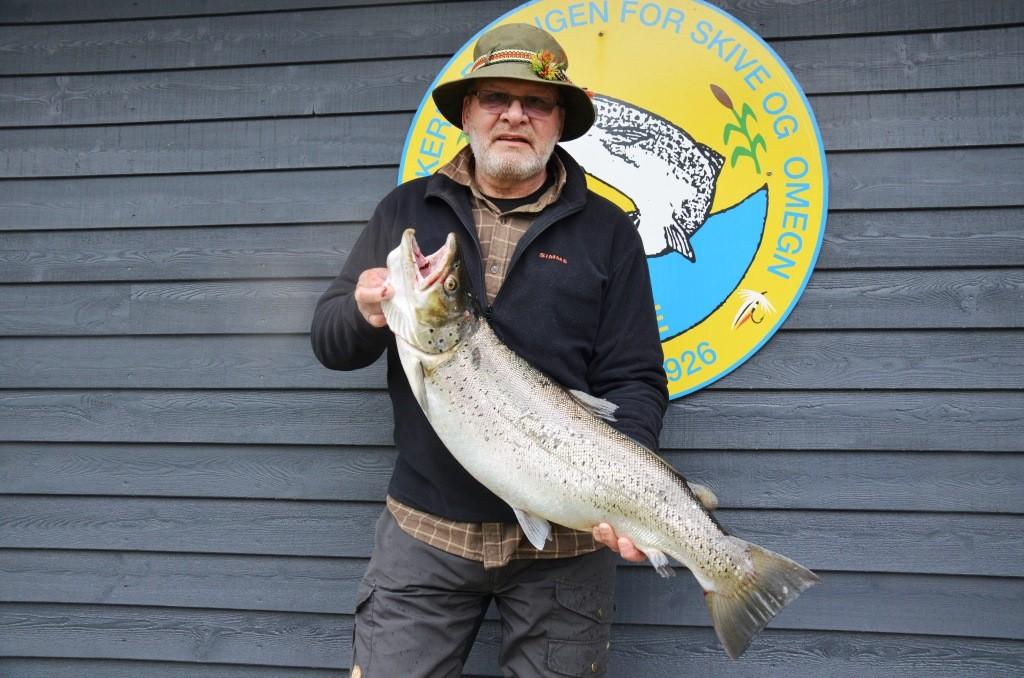 Poul Godt 8,6 kg. 83 cm.